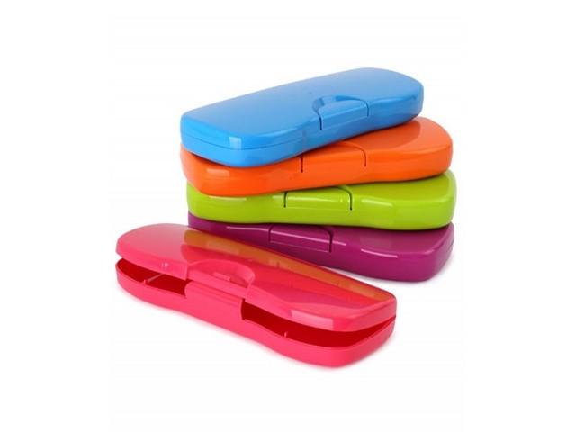 Пенал-футляр пластик Intensive цветной Стамм ПН62