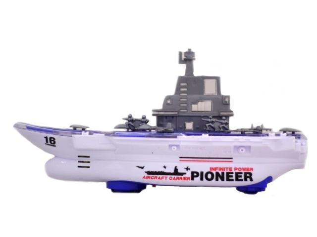 Корабль Авианосец Pioneer пластиковый на батарейках со звуком и светом 30 см в коробке