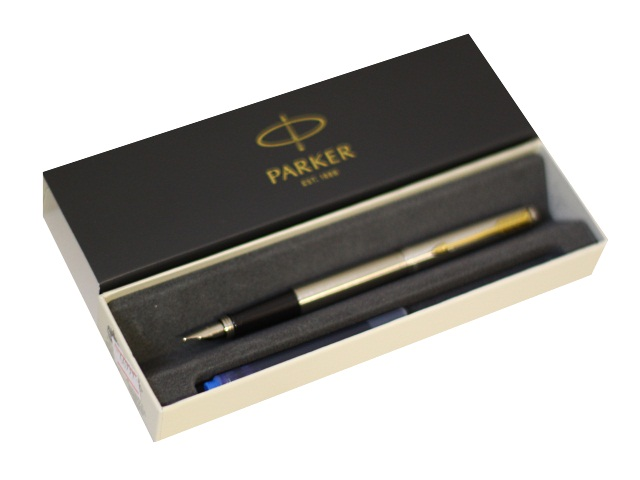 Ручка Parker перьевая Jotter Core синяя капсула серебристый корпус 2030948