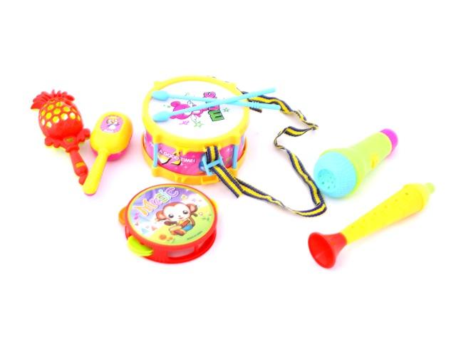Музыкальные инструменты, набор из 6 предметов (барабан, бубен, микрофон, дудка, маракасы - 2 шт.), пластиковый, в пакете, Qinzhengyuan