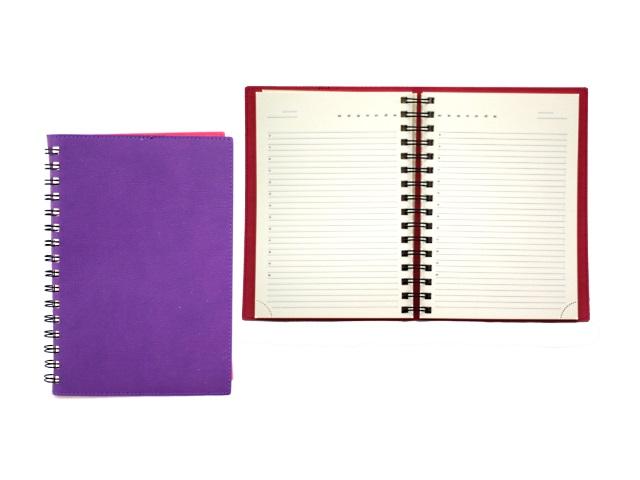 Ежедневник недатированный А5 кожзам мягкий 160 листов фиолетовый на спирали в подарочной упаковке, кремовый блок, DeVente 2034706